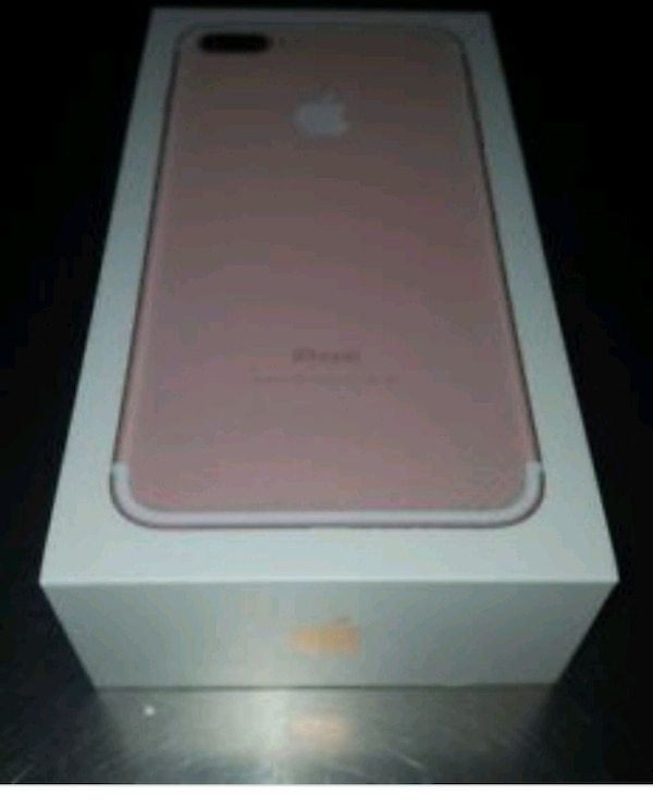 New rose gold IPhone 7 plus 32 gbs (sealed) 751118c4-807a-4e29-8c17-ab0eea214567