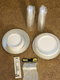 round white paper plates, cups, and forks Hyattsville, 20785