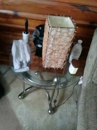 2 End tables Capitol Heights, 20743