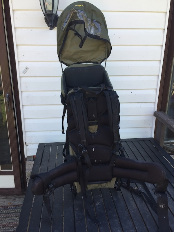 a01bbb7fc48 Used MEC outbound child carrier for sale for sale in Spanish - letgo