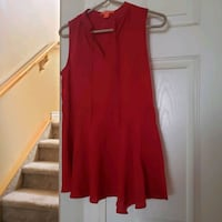 fancy pretty red top size xs ladies / ten excellent condition  Calgary, T3K 6E8
