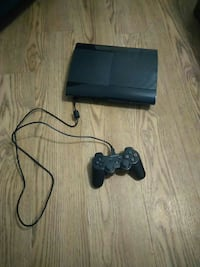 Ps3 plus 10 games almost unused probably less than