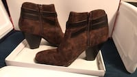 SIZE: 10... JUST FAB... BROWN CHUNKY HEEL BOOTS Winchester, 22602