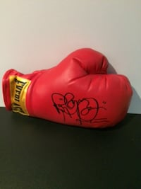 Boom Boom Mancini signed boxing gloves  TORONTO