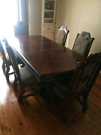 rectangular brown wooden table with six chairs din Lafayette, 70508