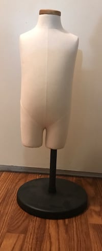 3/4 kids body mannequin with adjustable height stand San Jose, 95129
