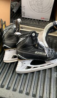 Bauer Supreme S170 size 4  Coquitlam, V3K 5W8