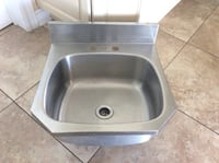 STAINLESS STEEL WALL MOUNTED SINK WITH BACKSPLASH DIM 18.5x19.5 INCHES Montréal, H9K 1S7