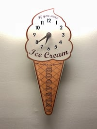 Ice Cream Clock (Vintage) Youngstown, 44514