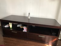 Brown wood tv cabinet with drawers Montréal, H2Z 1S8