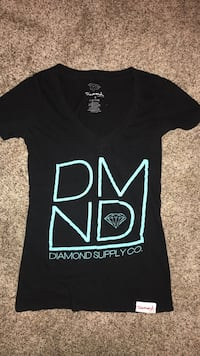 black and teal Diamond v-neck shirt Great Falls, 59404