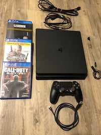 Ps4 Slim 500GB with controller and 3 games Yakima, 98901