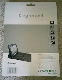New in Box Ipad 2,3,4 Leather Case and Keyboard Lanham