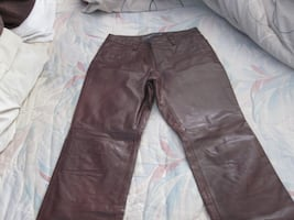 Brand New Vintage The Gap Ladies Boot Cut Leather Pants - Size 8