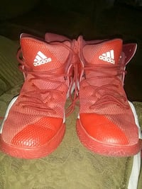 Adidas basketball shoes Phoenix, 85051