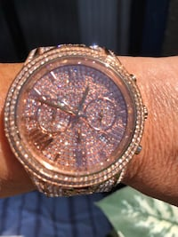 Michael Kors rose blingy watch Langley, V3A 2K1