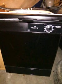 GREAT CONDITION BLACK WHIRPOOL DISHWASER , AND HAS