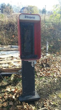 Phone booth  Kellogg, 50135