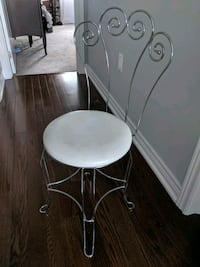 Scroll Style Vanity Chair For Sale  Vaughan, L0J