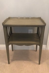 End table Tustin, 92782
