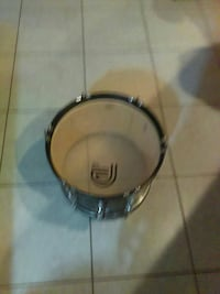 gray snare drum