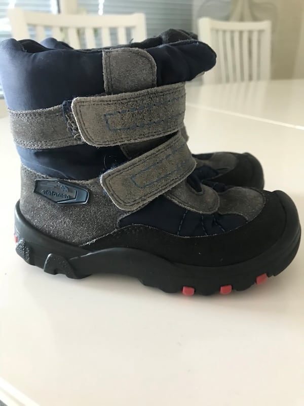 Boots Size 25 0
