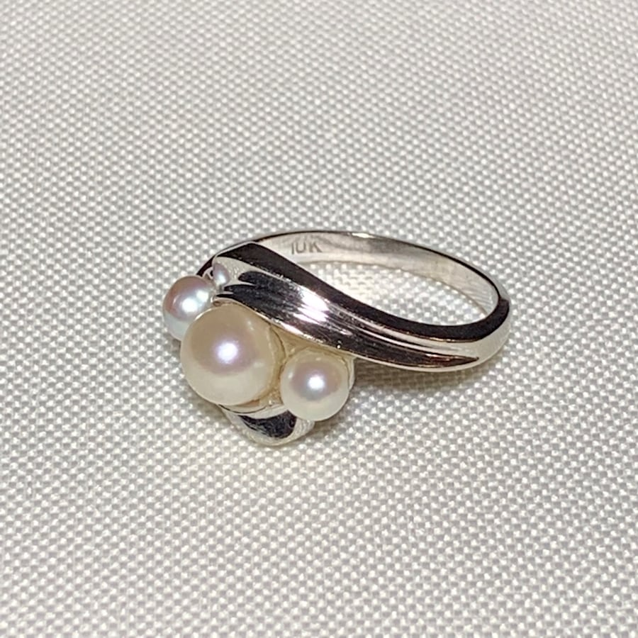 Vintage 10k White Gold Genuine Pearl Ring 94708367-e49f-4da8-b88f-668261cfc36e