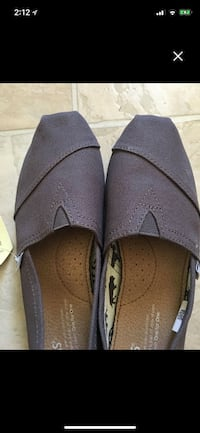 Brand new with Tags Ash Toms size 7 Regina, S4R