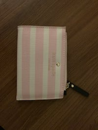 Kate Spade card case with keychain  剑桥, 02138