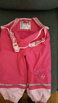 toddler girl's pink rainbow jumpsuit Stockholms län, 131 40