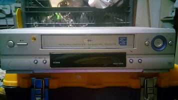 LG VHS VİDEO KASET PLAYER & RECORDER.