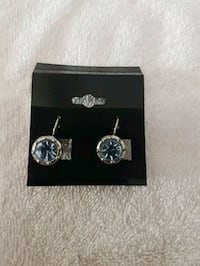 Sterling silver topaz earrings  Whitby, L1N 8X2