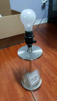Fillable lamp