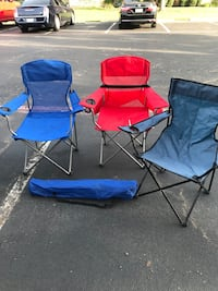 two blue and red camping chairs Hutto, 78634