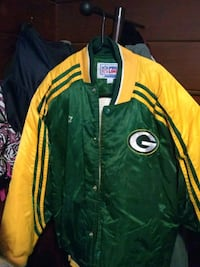 Xl nfl starter coat worn once green bay Syracuse, 13207