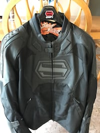 Motorcycle Riding Jacket.Zip out liner New. $100.00 2XL