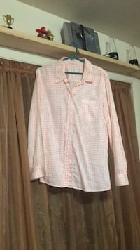 Button Down Gap Shirt Alexandria, 22304
