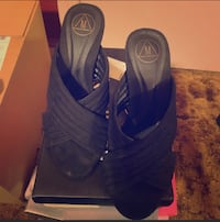 Misguided black shoes size 7 New York, 11358