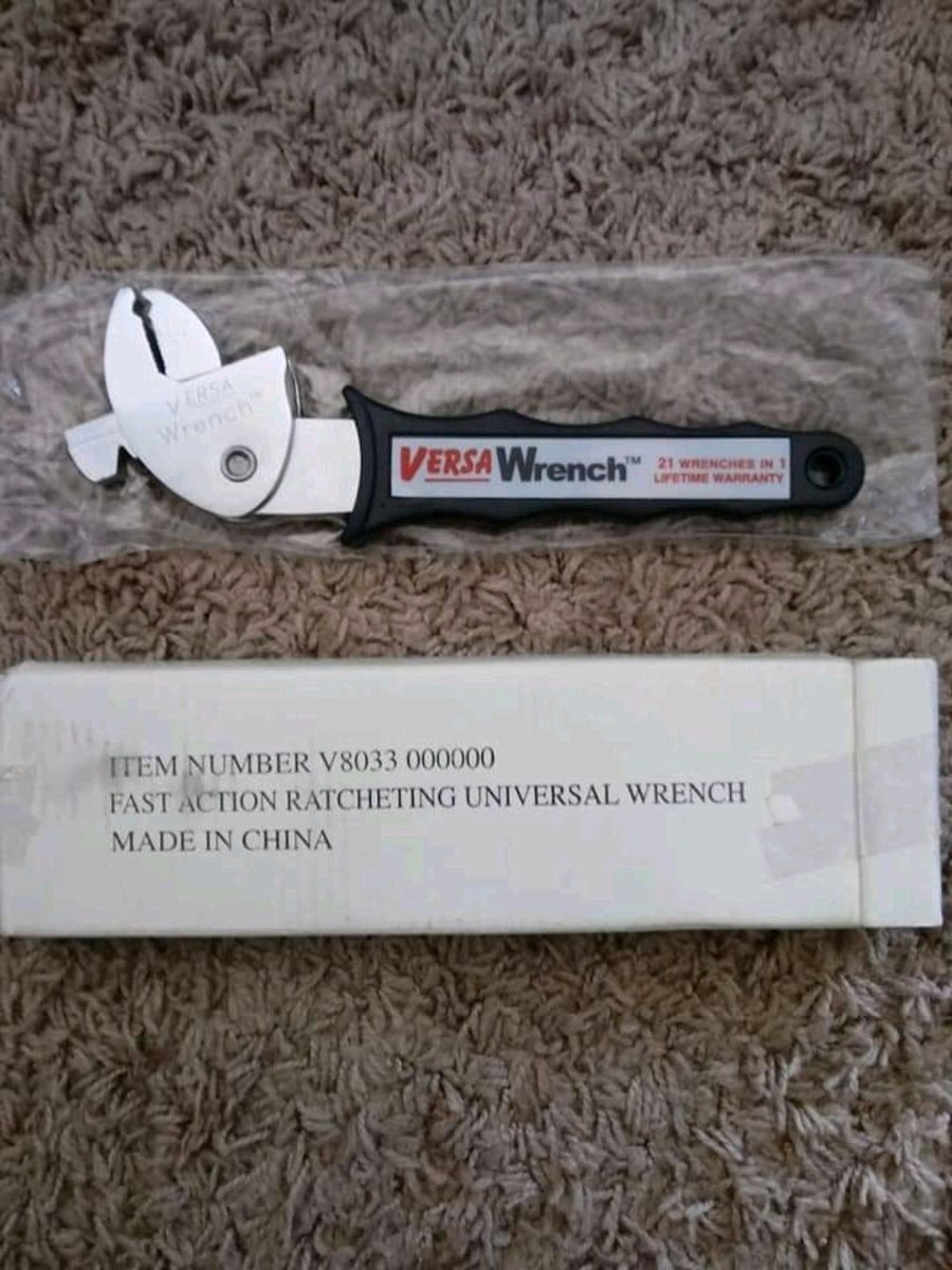 Photo Versa Fast Action Ratcheting Universal Wrench