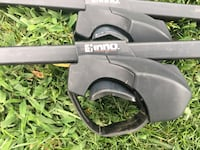 Thule Case with Universal Cross Rails