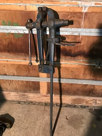 Blacksmith post vise 150.00 obo Toronto, M6J