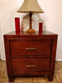 Nice night stand in very good condition, all drawe Annandale, 22003