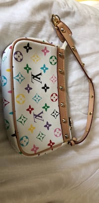 white and brown Louis Vuitton Monogram leather crossbody bag Greenwich, 06831