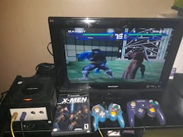 Gamecube with two controllers  with 19inch tv