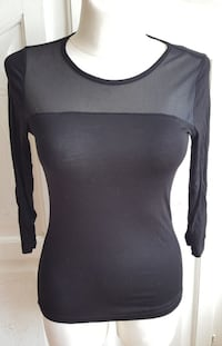 H&M 3/4 arm top Bremen