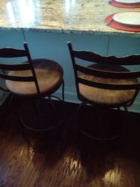 "Pair  Swivel Bar Chairs 24"" Kelowna, V1V"