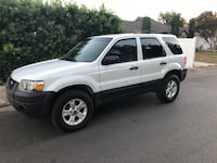 Ford - Escape - 2005 Los Angeles, 90025
