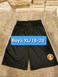 New!  Boy's XL Manchester United Soccer Athletic Sport Shorts