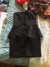 Size small tight fitted black dress  Miami, 33185