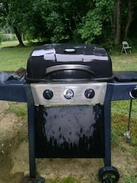black and gray gas grill Hartselle, 35640